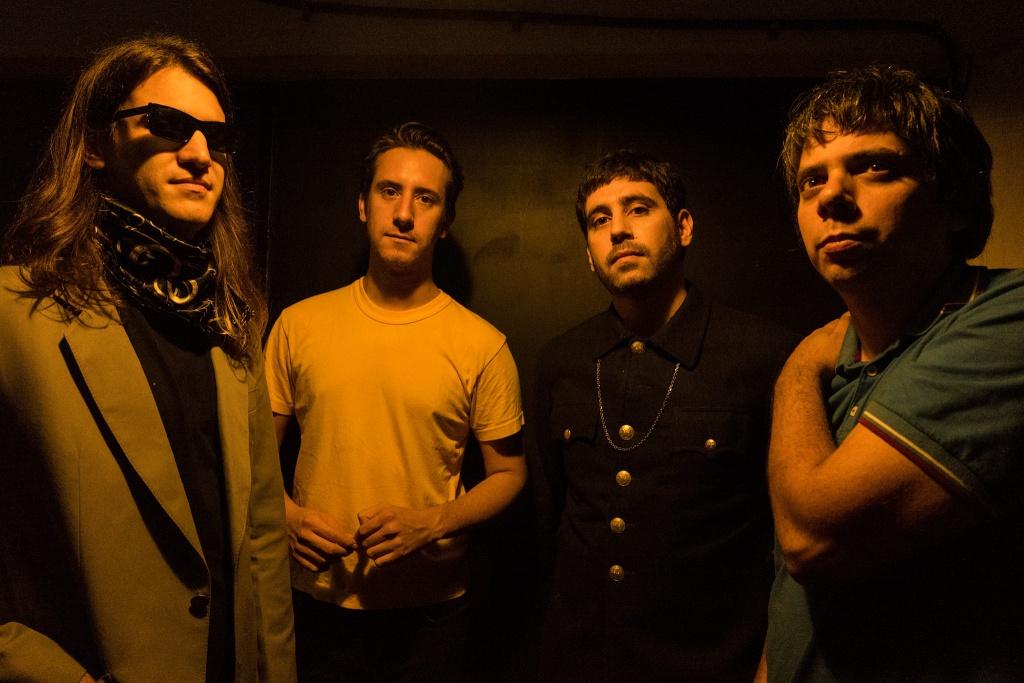Viva Elástico presenta su nuevo single y video Todos los problemas